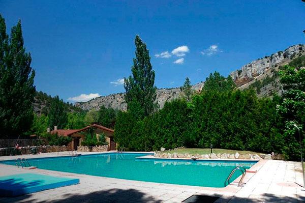camping-piscina-soria