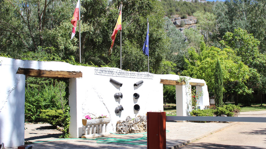 entrada-camping-soria-rio-lobos